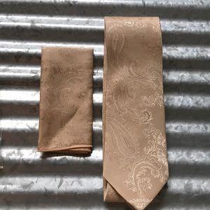 Mens Tie & Handkerchief